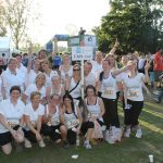 "Gruppenbild des Smile Eyes Teams aus Köln beim Firmenevent ""RUN AS YOU ARE"""