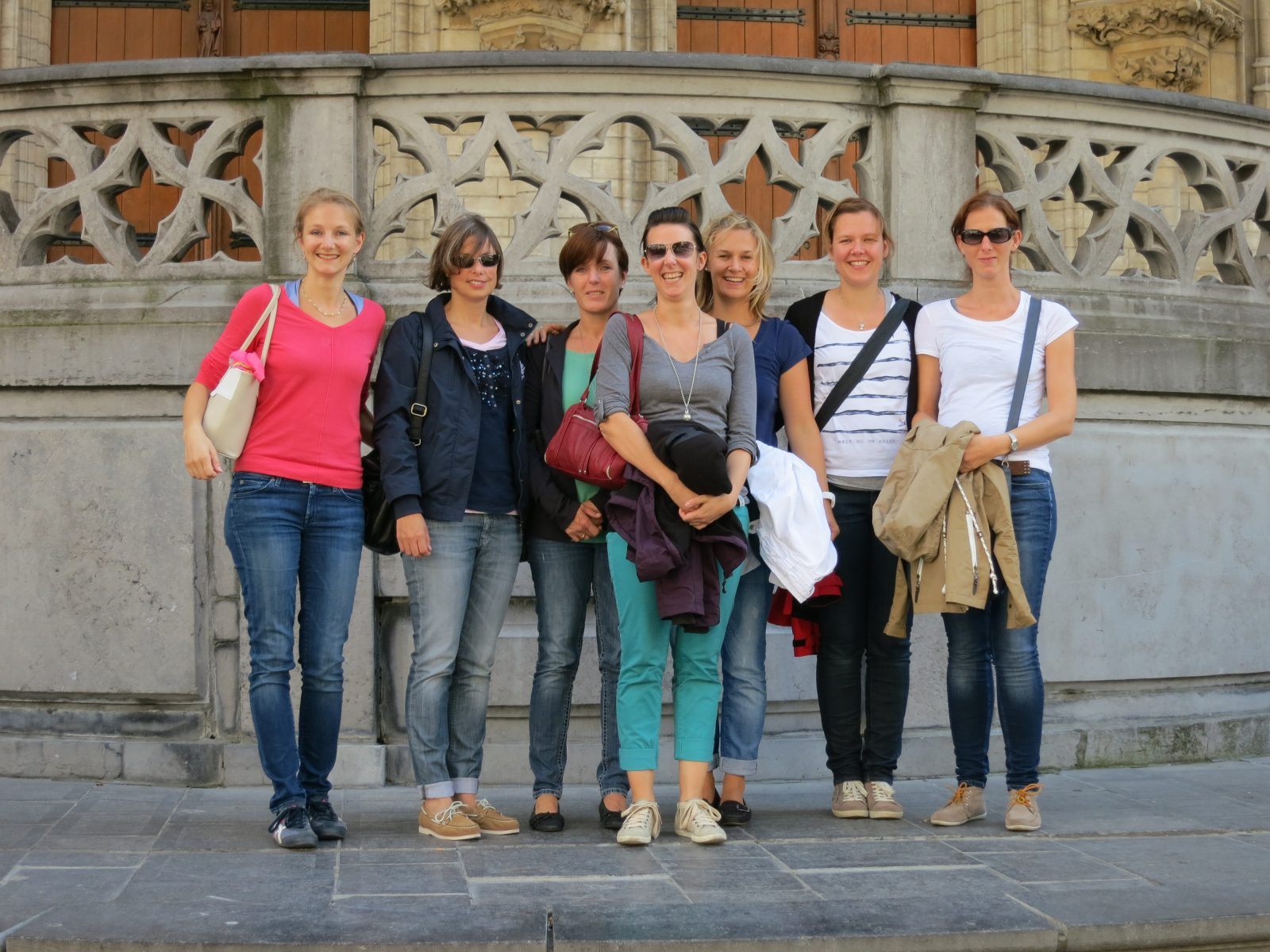 Das Smile Eyes Team aus Trier beim Besuch im historischen Leuven