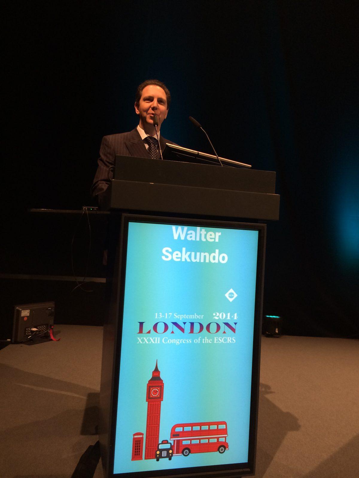 Professor Walter Sekundo von Smile Eyes Marburg präsentiert SMILE-Studie für weitsichtige Patienten auf der ESCRS 2014