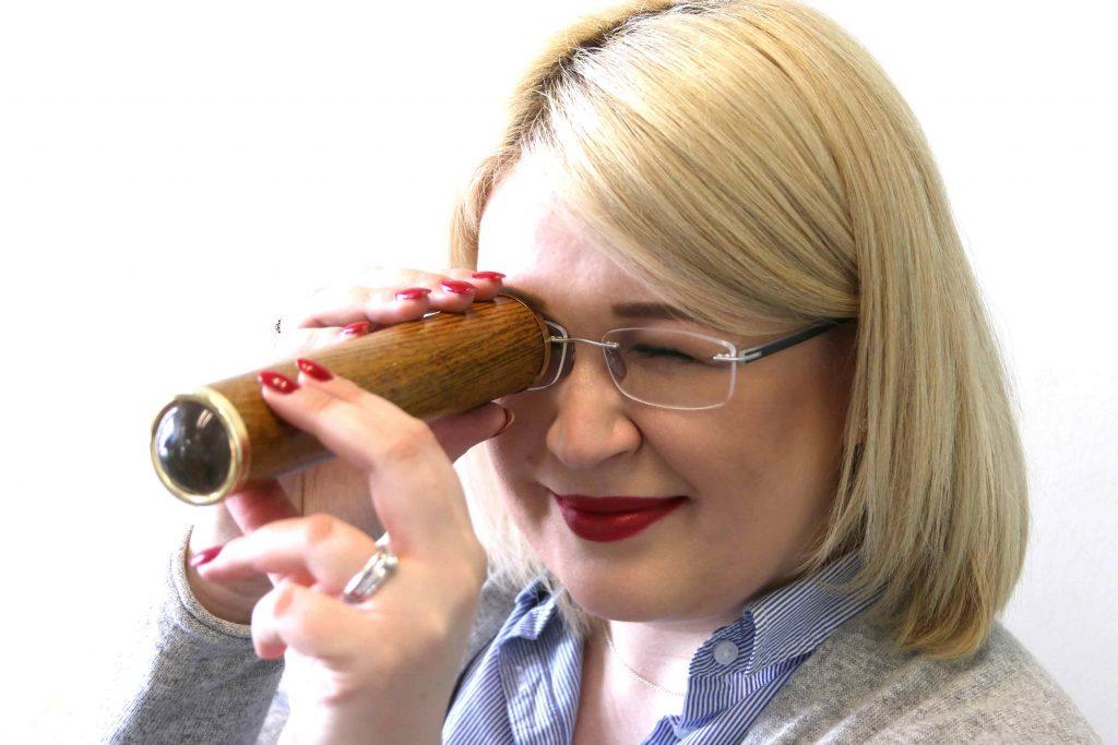 Wir begleiten Beauty-Bloggerin Karin Grüttner zur Voruntersuchung in die Augenlaserklinik München