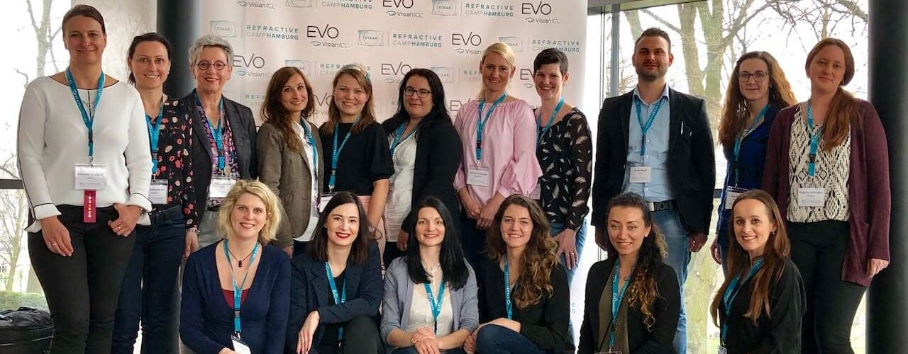 Smile Eyes Mitarbeiter zur Fortbildung in Hamburg