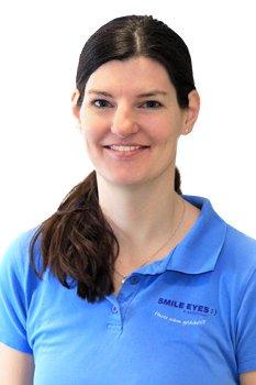 Optikerin in Marburg: Smile Eyes Mitarbeiterin Alexandra Nehme