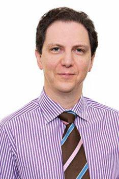 Leiter des Smile Eyes Augencentrums Marburg: Dr. med. Walter Sekundo