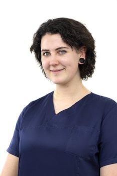 Sonja Opitz gehört zum Medizinischen Fachpersonal bei Smile Eyes München